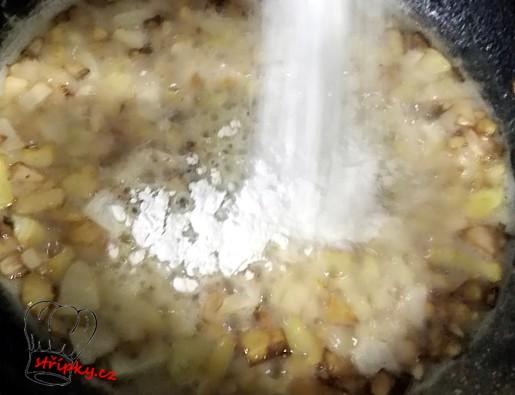 jíška z cibulkou